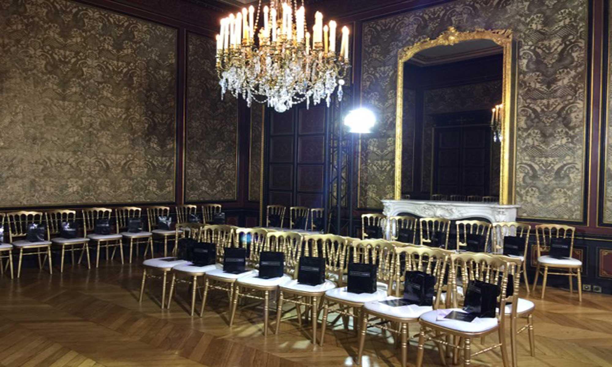 PRO-montage-de-meuble-fashionweek pour les entreprises