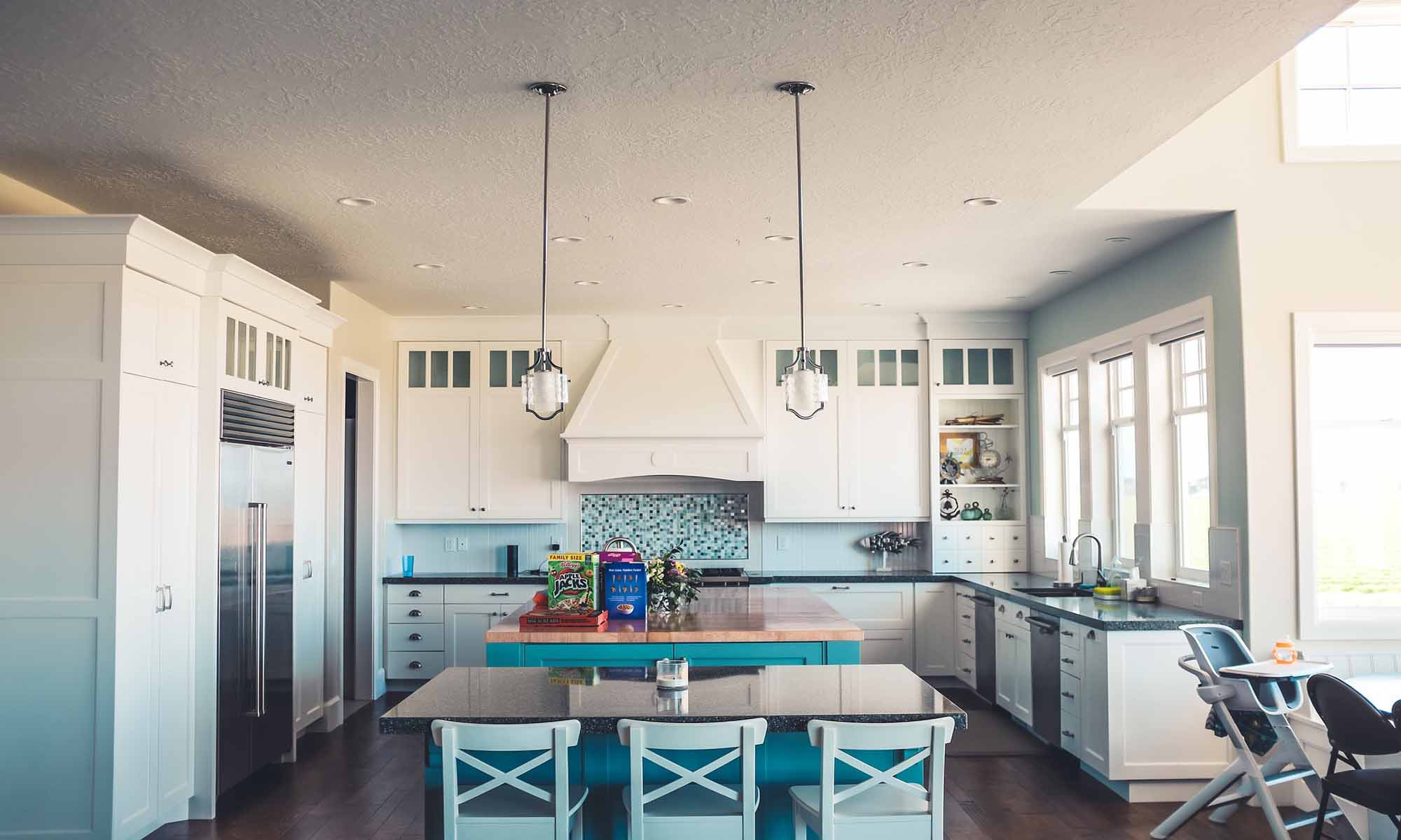 montage de meuble photo cuisine bleu